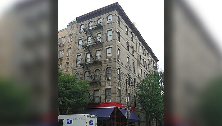 This photo shows the apartment building in New York City where the sitcom Friends was filmed. A pop-up experience in New York displays more than 50 original props from the show. The popular comedy is celebrating its 25th anniversary this year. (Photo by Redlands597198, cc-by-sa-3.0, https://bit.ly/2kyLJ1u)