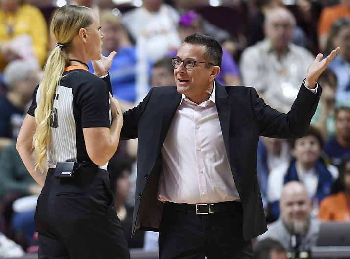 Connecticut Sun coach Curt Miller questions official Tiffany Bird during the team's game against the Chicago Sky on Friday, Sept. 6, 2019, in Uncasville, Conn. (Sean D. Elliot/The Day via AP)