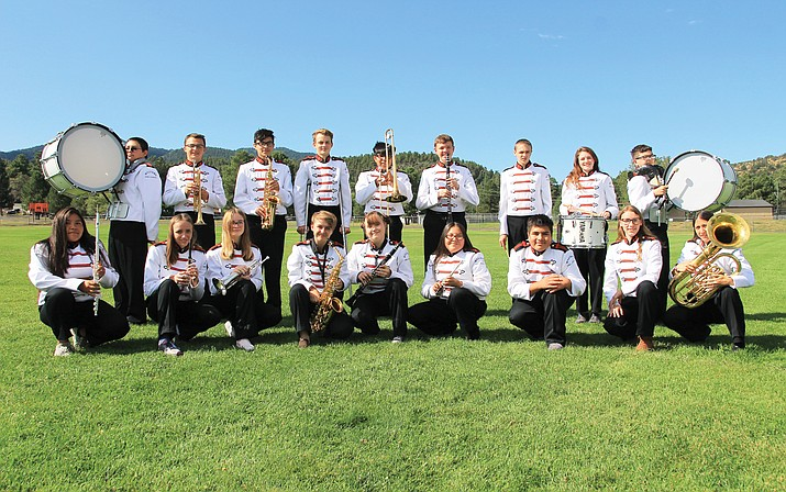 Standing left to right: Isaiah Quiriarte, Andrew Christopher, Juan Ayala, Gabriel Lowe, Josue Salgado, Tyler Woolridge, Toby Stearns, Samantha Russell, Joseph Wouters. Kneeling left to right: Carmen Cody, Allyson Stearns, Audrey Russell, Amanda Ross, Emma Gordon, Deshonia Cooke, Joseph Gonzales, Carissa Foley, Mrs. Stearns. (Wendy Howell/WGCN)