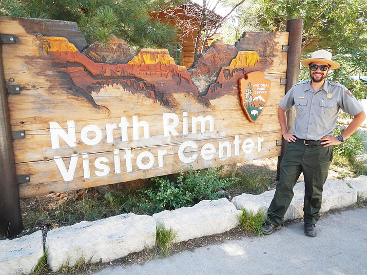 "Grand Canyon Park Ranger Dan Willner welcomes canines and their humans to the ""Bark Ranger"" walk on Grand Canyon's North Rim. (Photo/Stephanie Slahor)"