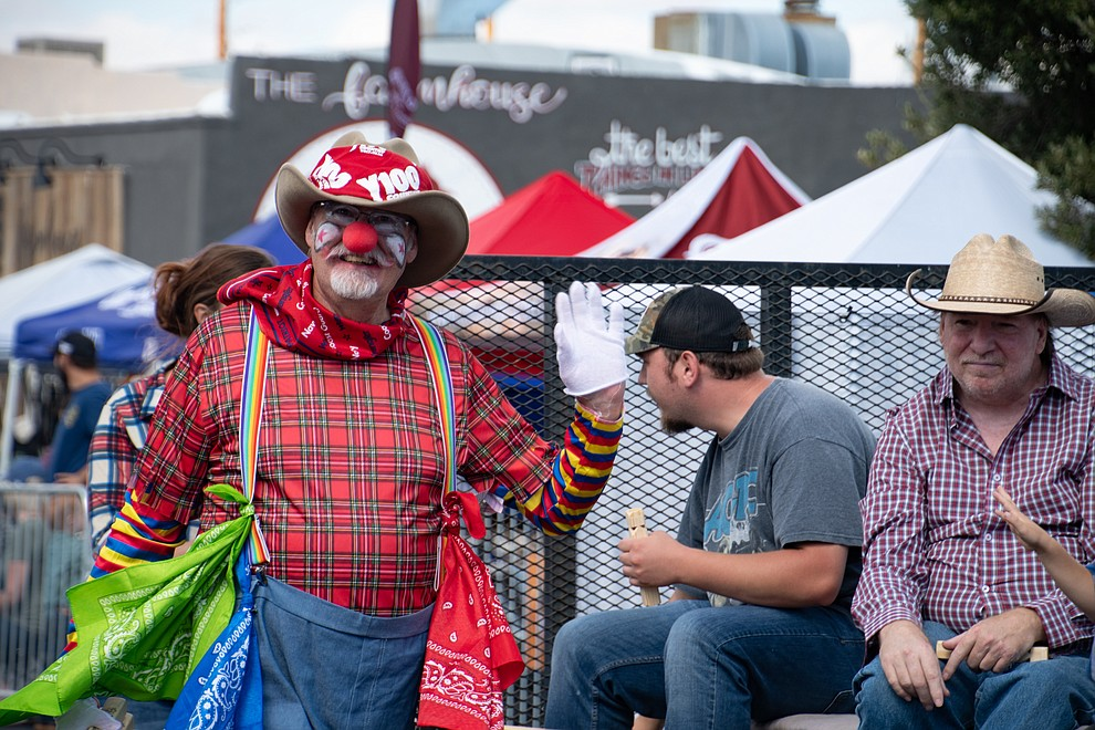 Keith Kintner dressed as a rodeo clown was part of the Kingman Railroad Museum float. The museum won first place for Civic Float. (Photo by Vanessa Espinoza/Daily Miner)