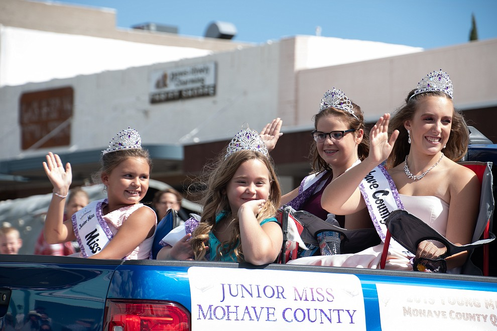 Mohave County Fair pageant winners. (Photo by Vanessa Espinoza/Daily Miner)