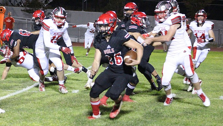 Lee Williams senior Wesley Boyd rushed for two touchdowns Friday night as the Vols notched a 42-27 win over Mingus. (Photo by Beau Bearden/Daily Miner)