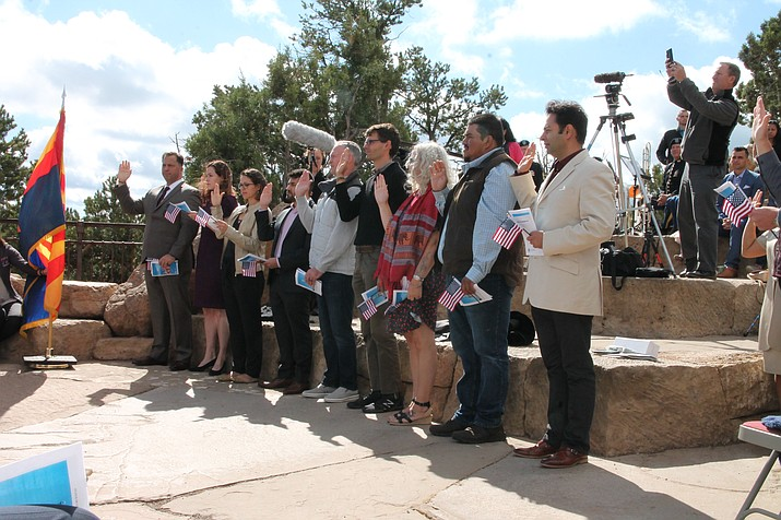 Thirteen applicants from 11 different countries became American citizens at the Grand Canyon Sept. 28. (Erin Ford/WGCN)