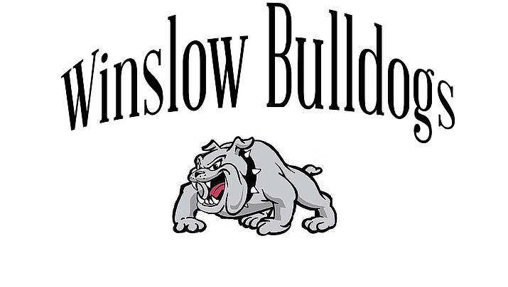 Winslow Bulldogs squeak out a tight win against Show Low in defensive struggle
