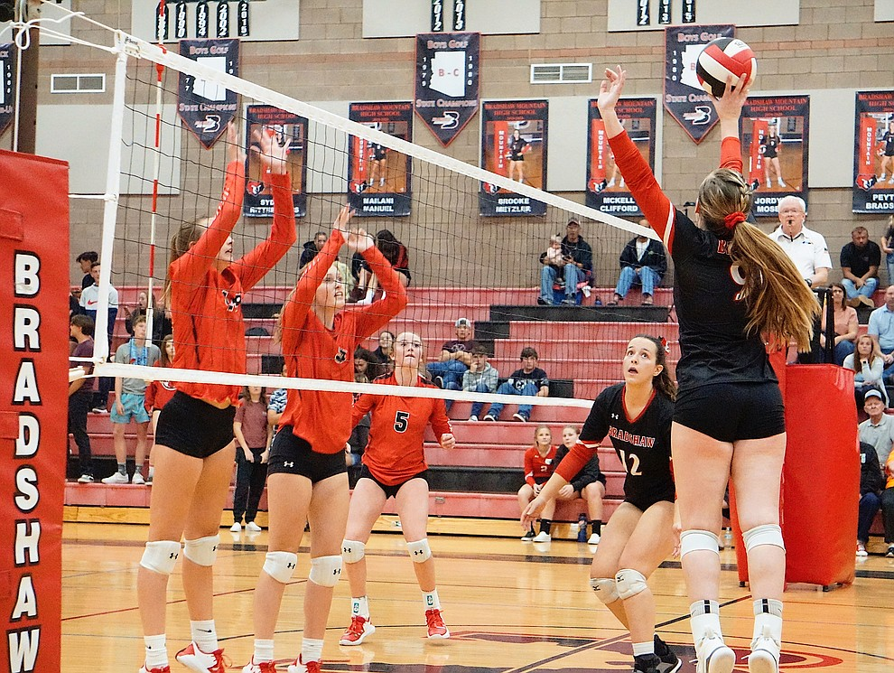 Bradshaw Mountain OH Jordyn Moser (9) goes up for the tip during the team's 3-1 win over Coconino on Tuesday, Oct. 1, 2019, at Bradshaw Mountain High School. (Aaron Valdez/Courier)