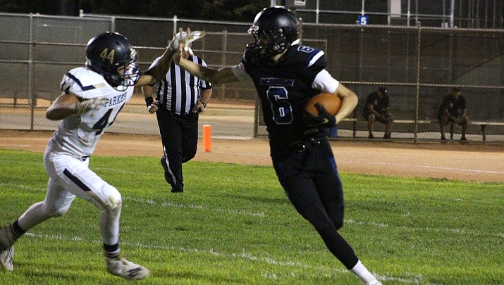 Dallas Edwards leads Academy with 238 yards receiving and three touchdowns this season. Edwards and the Tigers host Chino Valley tonight to open 3A West Region play. (Daily Miner file photo)