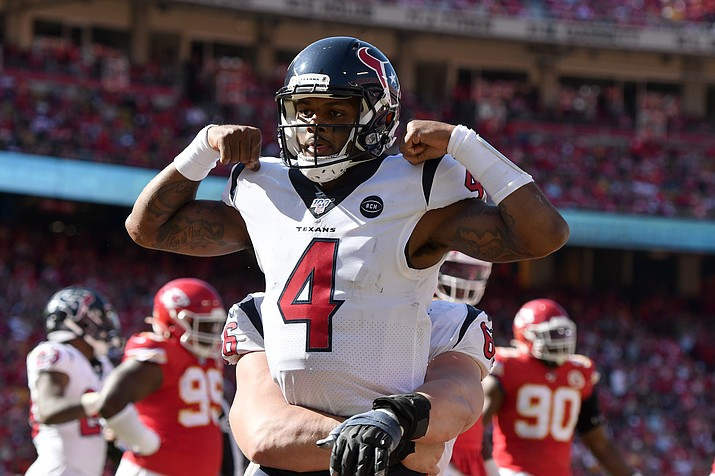Houston Texans quarterback Deshaun Watson (4) celebrates his touchdown against the Kansas City Chiefs during the second half of a game in Kansas City, Mo., Sunday, Oct. 13, 2019. (Ed Zurga/AP)