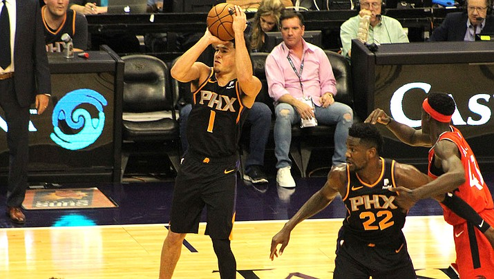 Devin Booker, left, and DeAndre Ayton were key players for the Suns a year ago, but it didn't translate into wins as Phoenix finished with a 19-63 record. (Daily Miner file photo)