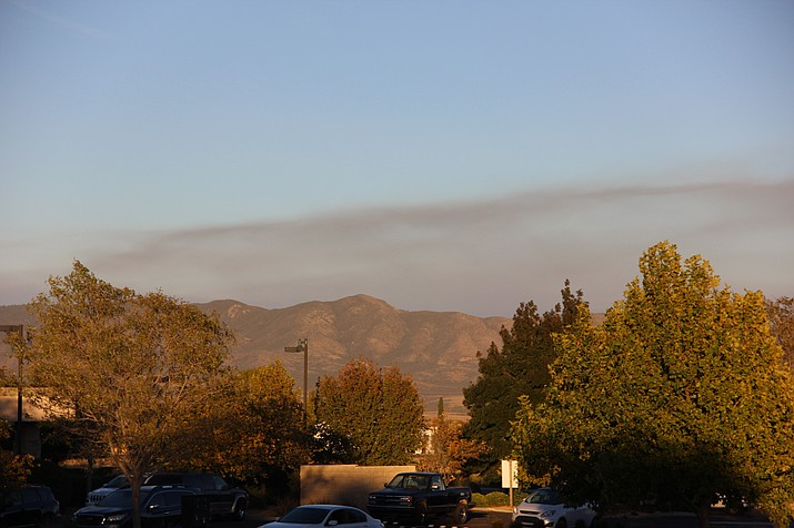 Smoke above the mountains east of Prescott Valley Monday afternoon, Oct. 21, 2019. (Max Efrein/Courier)