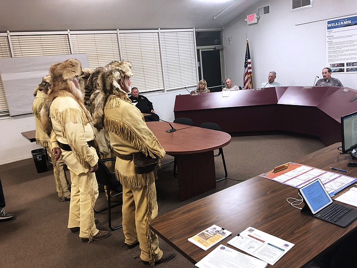 The Bill Williams Mountain Men spoke to the Williams City Council Oct. 10 about reviving the historical group. (Wendy Howell/WGCN)
