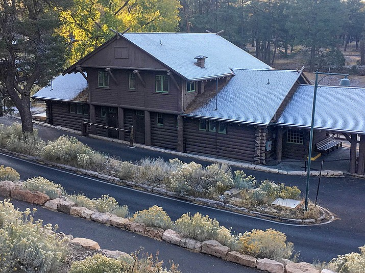 Snow dusted Grand Canyon rooftops early on the morning of Oct. 28. (Photo/NPS)