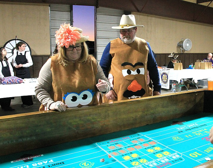 Event goers enjoy a bit of gambling at the Western Rotary Auction hosted by the Williams Rotary and Williams Lion's Club Oct. 26. (Wendy Howell/WGCN)