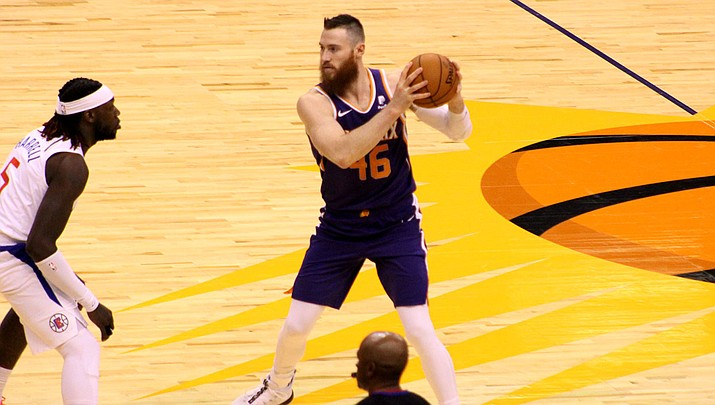 Aron Baynes tallied 24 points, 12 rebounds seven assists and three blocked shots Wednesday night as the Suns beat the Warriors 121-110. (Photo by Beau Bearden/Daily Miner)