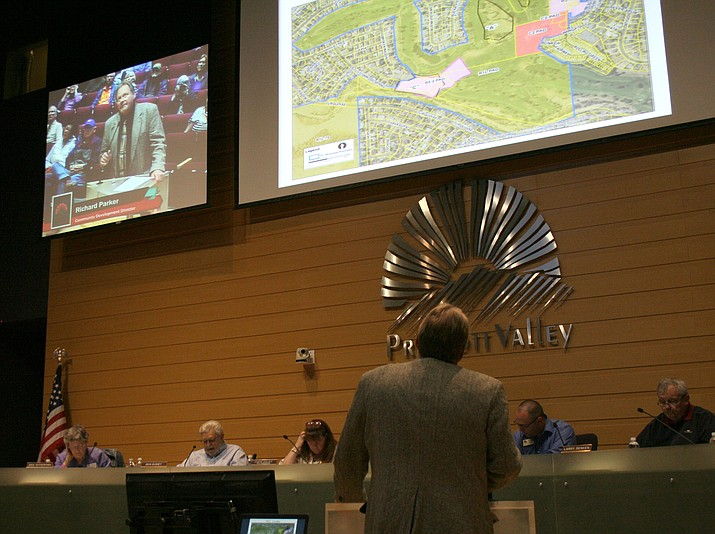 Richard Parker speaks before the Prescott Valley Planning and Zoning Commission in this 2016 file image. (Courier file photo)