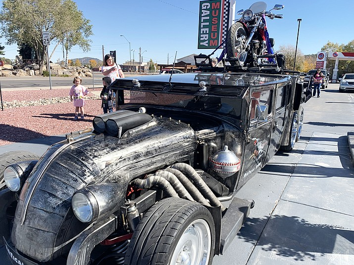 Ratrods with the International RATical Rod Drive Off drove through Williams last week on their way to Las Vegas. (Submitted photo)
