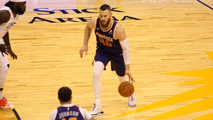 Aron Baynes tallied a team-high 23 points Thursday night in Phoenix's 124-108 loss to the Miami Heat. (Daily Miner file photo)