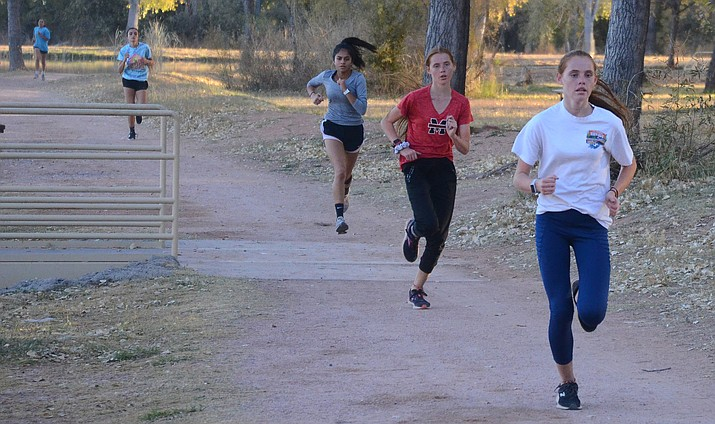 Mingus Marauders train for Sectionals on Monday at Dead Horse Ranch State Park. VVN/Vyto Starinskas
