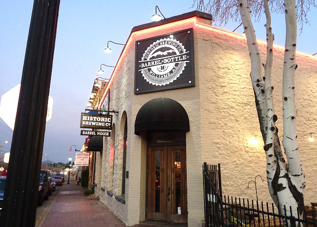 Patrons can enjoy some award winning cold brews along with good food at the Historic Brewing Co. Barrel + Bottle House located in downtown Williams, Arizona. (B. Garibay/WGCN)