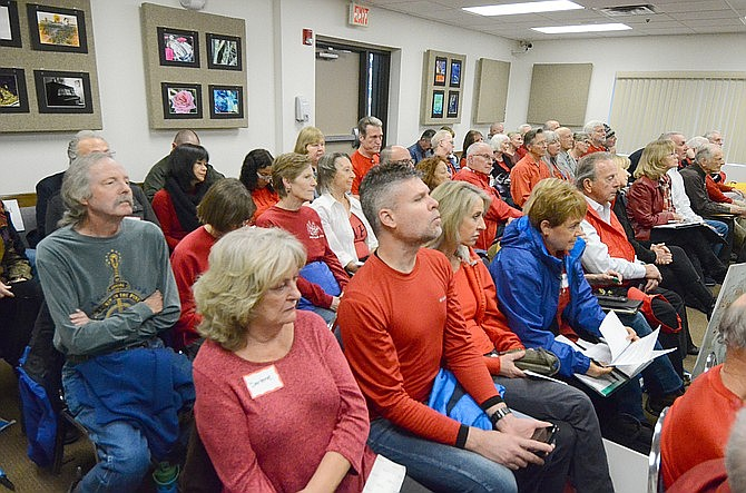Opponents of rezoning for a Hilton Hotel project showed up at the Nov. 20 Yavapai County Board of Supervisors meeting to reject rezoning. The Supervisors voted 5-0 to approve the re-zoning for the 154-room hotel, to be built in the Village of Oak Creek. (Vyto Starinskas/VVN)