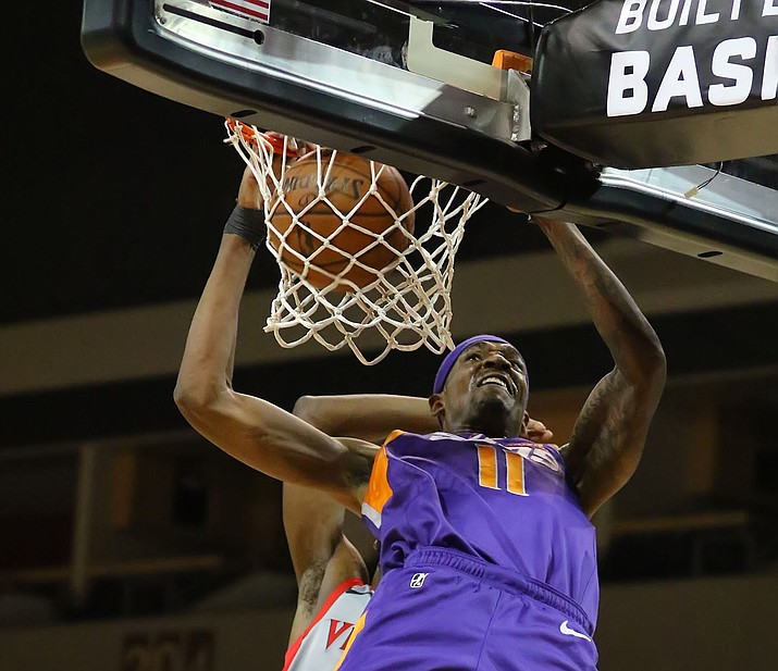 Tariq Owens (11) dunks the ball against Rio Grande Valley on Nov. 17 in Prescott Valley. Owens had a double-double with 17 points and 13 rebounds in a 109-100 win over the Warriors on Thursday, Nov. 21, 2019, in Santa Cruz, California. (Matt Hinshaw/NAZ Suns, file)