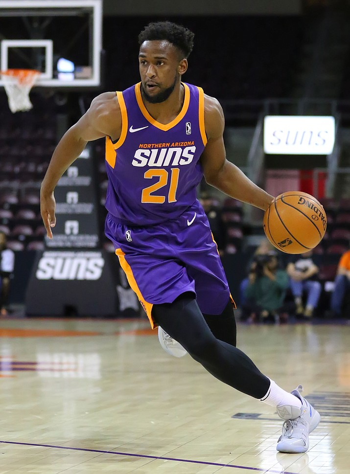 Northern Arizona Suns forward Aaron Epps dribbles down court during a game against the Iowa Wolves on Tuesday, Nov. 26, 2019, at the Findlay Toyota Center in Prescott Valley. (Matt Hinshaw/Courtesy)