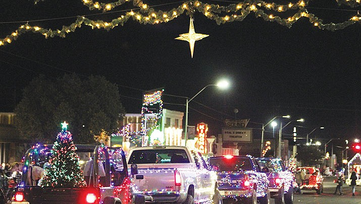 Kingman's annual Parade of Lights steps off at 7 p.m. on Saturday, Dec. 7 in downtown Kingman. (Miner file photo)