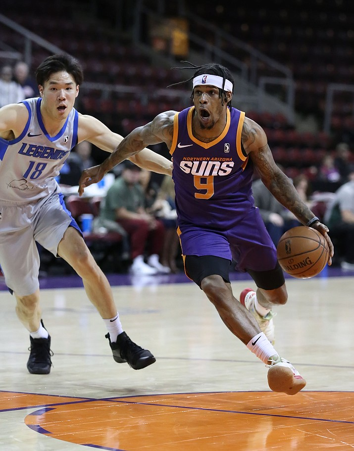 Northern Arizona Suns guard Ahmed Hill (9) drives to the hoop during a game against the Texas Legends on Tuesday, Dec. 10, 2019, at the Findlay Toyota Center in Prescott Valley. (Matt Hinshaw/Courtesy, file)