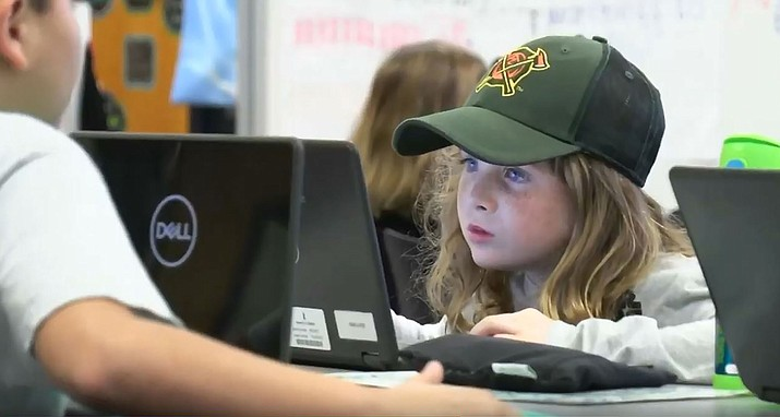 Students in the SPARK program at Kyrene de las Manitas Elementary School in Tempe are immersed in hands-on, project-based education. Photo courtesy Mariah Gallegos/Cronkite News
