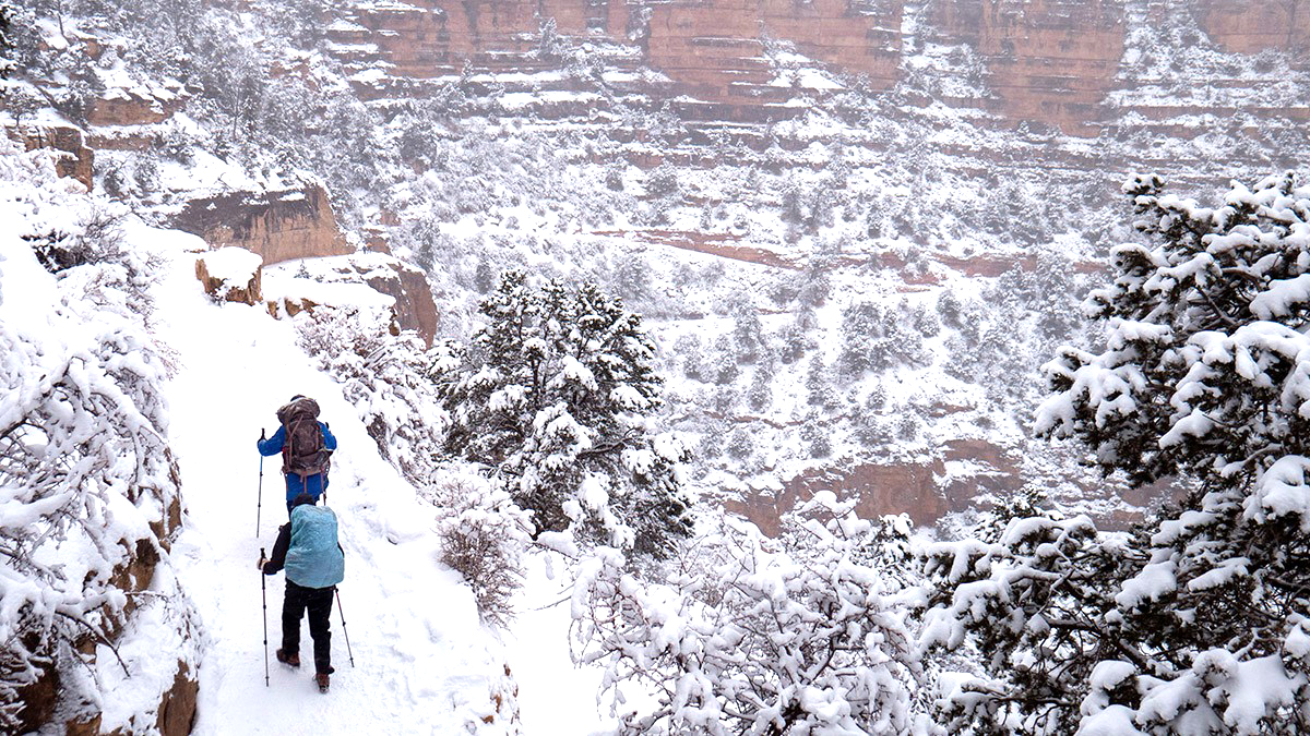 Grand Canyon Under Winter Weather Advisory As Snow Showers