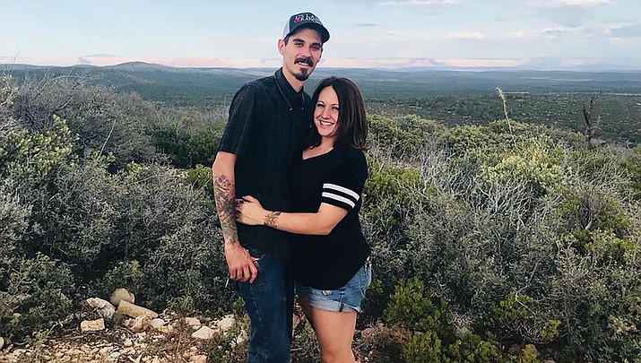 Levi Anderson, left, and Crystal Seitz, both of Kingman, will be married in Kingman on Saturday, April 18, 2020. (Courtesy photo)
