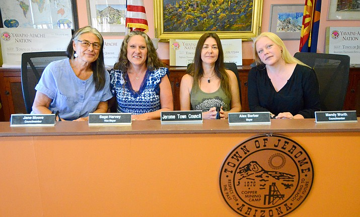 Jerome Council Member Jane Moore, Sage Harvey, Mayor Alex Barber and Mandy Worth, left to right, pose for a photo at the Jerome Council Chambers. VVN/Vyto Starinskas