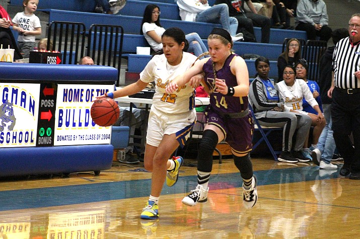 Kingman sophomore Shauntel Crozier tallied 12 of her 18 points in the final 4:32 of the third quarter Thursday to help the Lady Bulldogs tally a 57-45 win over Wickenburg. (Photo by Beau Bearden/Kingman Miner)
