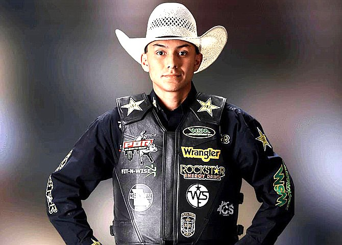 Top PBR centendor Cody Jesus finished a career best at No. 20 in the world. (Photo/Facebook via Office of the President and Vice President)