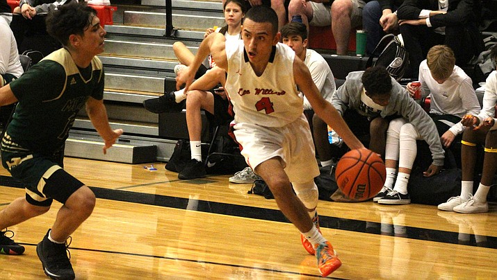 Vols senior Tony Luna finished with 17 points Friday as Lee Williams knocked off Mingus 63-39. (Miner file photo)