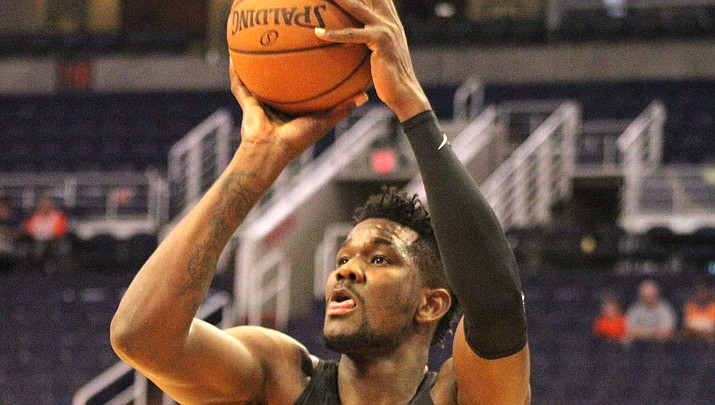 Phoenix's Deandre Ayton finished with 25 points and 12 rebounds for his fourth straight game of at least 20 points and 10 boards. The Suns couldn't pick up the win, falling 120-118 to the Spurs Monday at home. (Miner file photo)