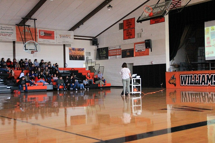Coconino County Health Department give an anti-vaping presentation for students at Williams High School Jan. 14. (Wendy Howell/WGCN)