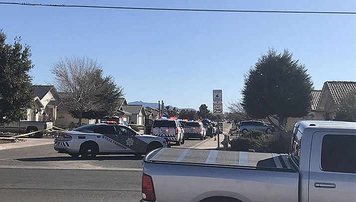 Police cars block the street near Prairie View Drive in Kingman, the scene of a murder-suicide that followed a traffic stop by an Arizona Department of Public Safety. (Courtesy photo)