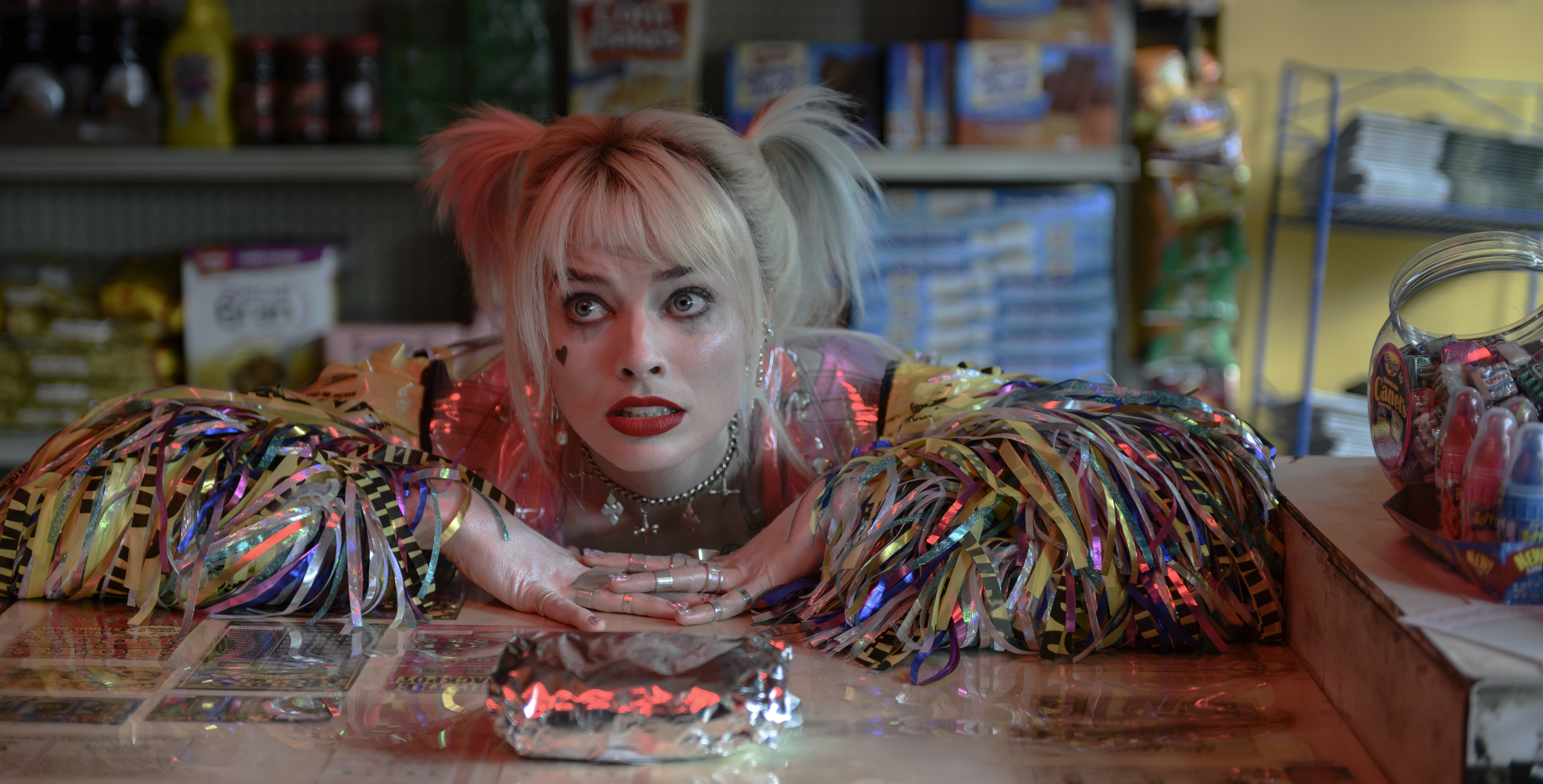Film Review A Charismatic Robbie Gives Harley Quinn Her Wings The Daily Courier Prescott Az