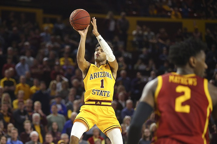 Arizona State guard Remy Martin hits the go-ahead basket as Southern California guard Jonah Mathews (2) looks away from Martin during the second half of a game Saturday, Feb. 8, 2020, in Tempe. Arizona State won 66-64. (Ross D. Franklin/AP)