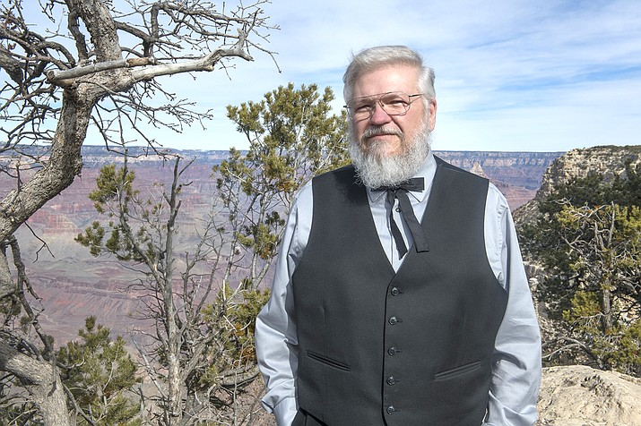 Russell C. Lambert stepped in to pastor Grand Canyon Baptist Church in Grand Canyon Village. Lambert is excited to reach out to community members and visitors in his new role. (Veronica R. Tierney/WGCN)