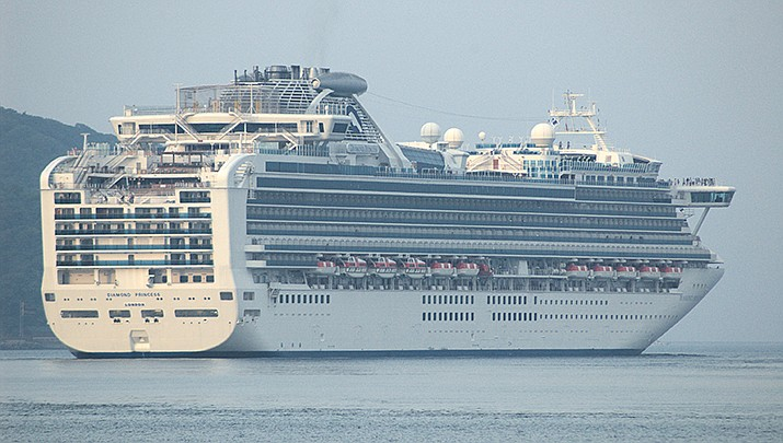 The Diamond Princess cruise ship is quarantined in a Japanese port due to an outbreak of the new coronavirus onboard. (Photo by mstk east, cc-by-sa-2.0, https://bit.ly/38nBLDS)