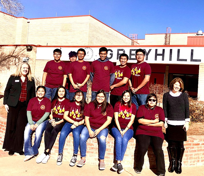 Students at Greyhills Academy High School in Tuba City, Arizona, are enrolled in Engineering 100, an introductory engineering course offered on the Tuba City campus by Arizona State University. The course is available through a new partnership with ASU Prep Digital. (Photo/Arizona State University)