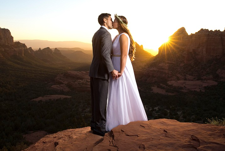 Virtually everything a couple needs for a perfectly romantic Sedona wedding will be at their fingertips. Couples will be able to connect with major Sedona wedding venues as well as important wedding venues located in Flagstaff and Prescott.