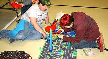 Greater Community Williams Fund helps further education at Science Family Night photo
