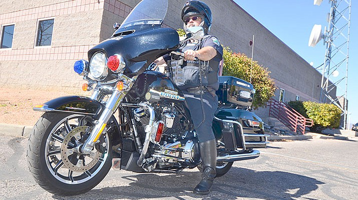 Cottonwood motorcycle officer  a CHiP off  old block