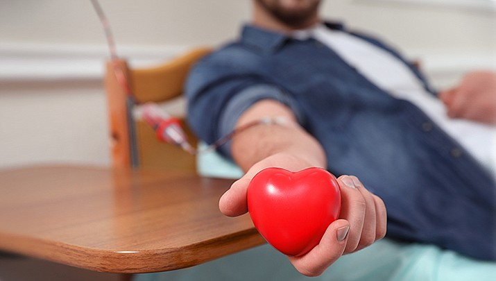 Check out the dates, times and locations where you can donate blood in the quad city area. (Stock image)