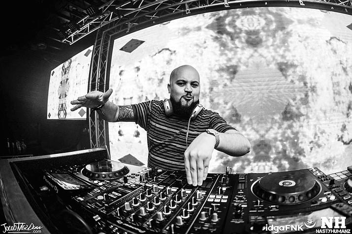 DJ ill.Ego