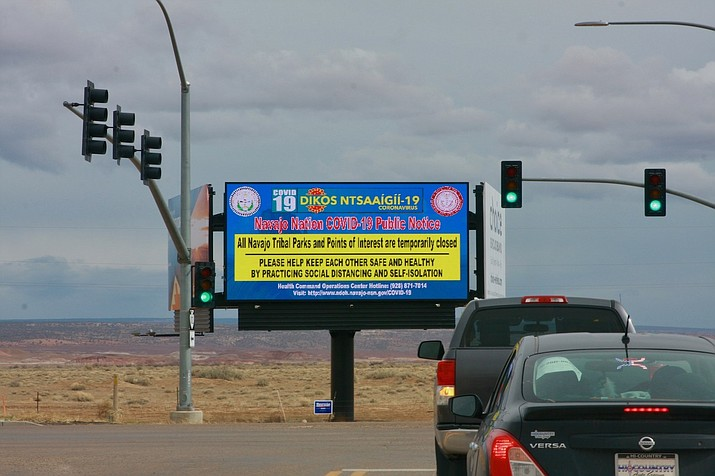 A billboard announces to tourists that Navajo Nation Parks and points of interest are closed. (Photo/Office of the President and Vice President)