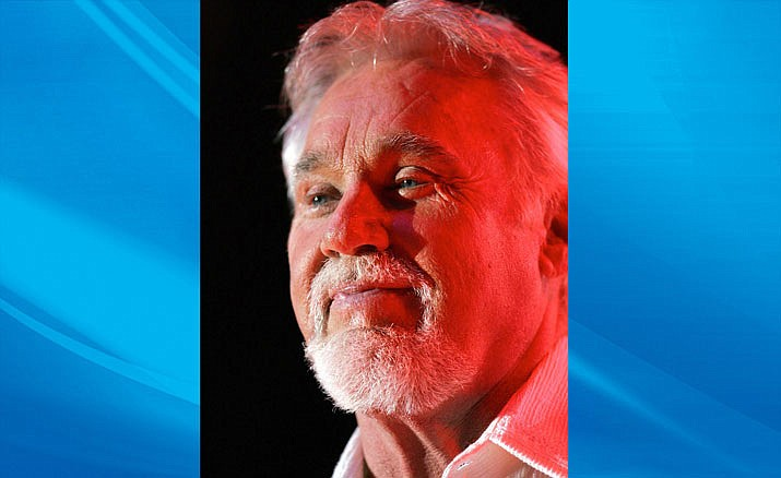 Kenny Rogers passed away Friday night at home in Sandy Springs, Georgia. He was under hospice care and died of natural causes. (Photo by Dwightmccann, CC BY-SA 2.5, https://bit.ly/2wkrXwS)
